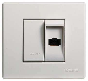 Terraneo/Bticino 306062 Socket Outlet for Table-top Installation