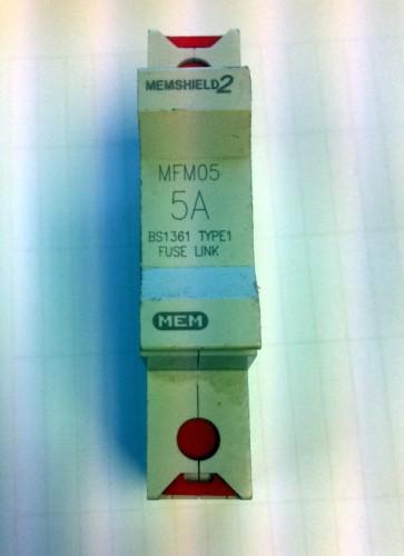 Eaton MEM Memshield 2 MFM05 HRC fuse carrier and fuse