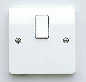 MK Logic K5403WHI 20A Switch, DP c/w Base Flex Outlet
