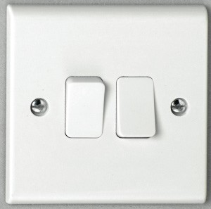 Deta S1204 2 gang 2 way 10A Plate Switch