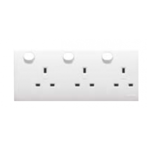 Clipsal E25DF32BP Socket outlet, 2 to 3 gang converta - display packaged