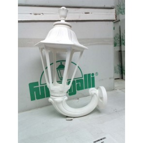 Fumagalli E26.132.WX Medium Florentine Lantern mounted on an Ofir wall bracket, white