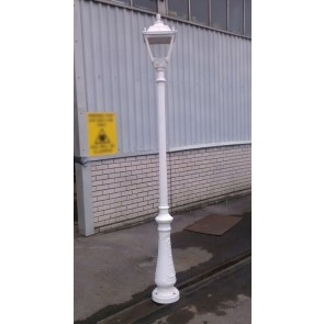 Fumagalli Q33.201.WX Tobia/Roma Lantern on 2.5m Post White