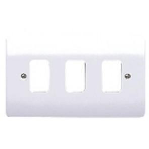MK Logic K3633WHI Frontplate 3G 3 Module 86x146mm White