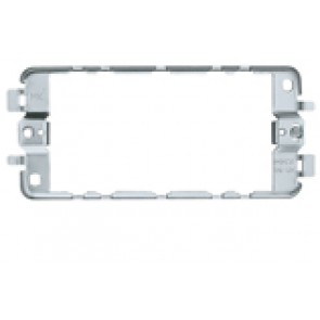MK Logic K3704 2 Gang 4 Module Frame