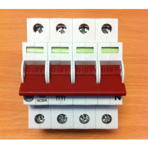 Wylex WS104 100A Four pole Type B 4 Module Isolator